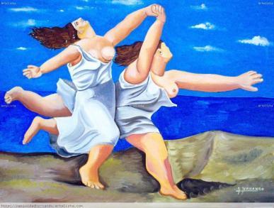 mujeres corriendo por la playa