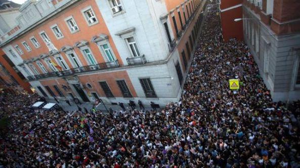 CONCENTRACION-MADRID-APOYO-VICTIMA_EDIIMA20180426_1237_4